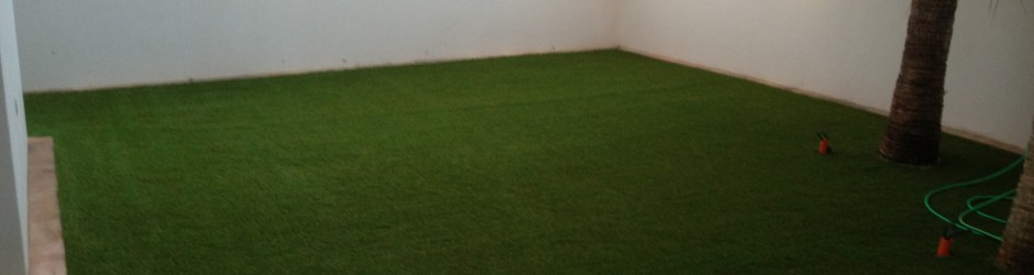 Synthetic grass for residential applications